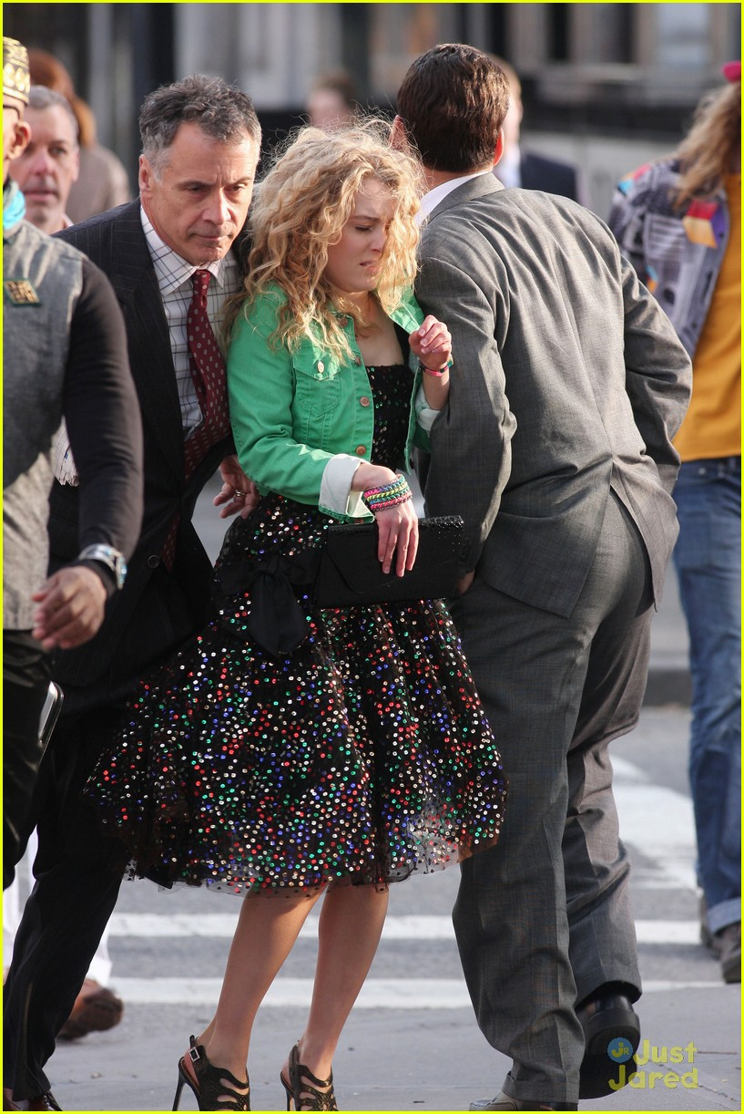 annasophia robb bump big apple 01