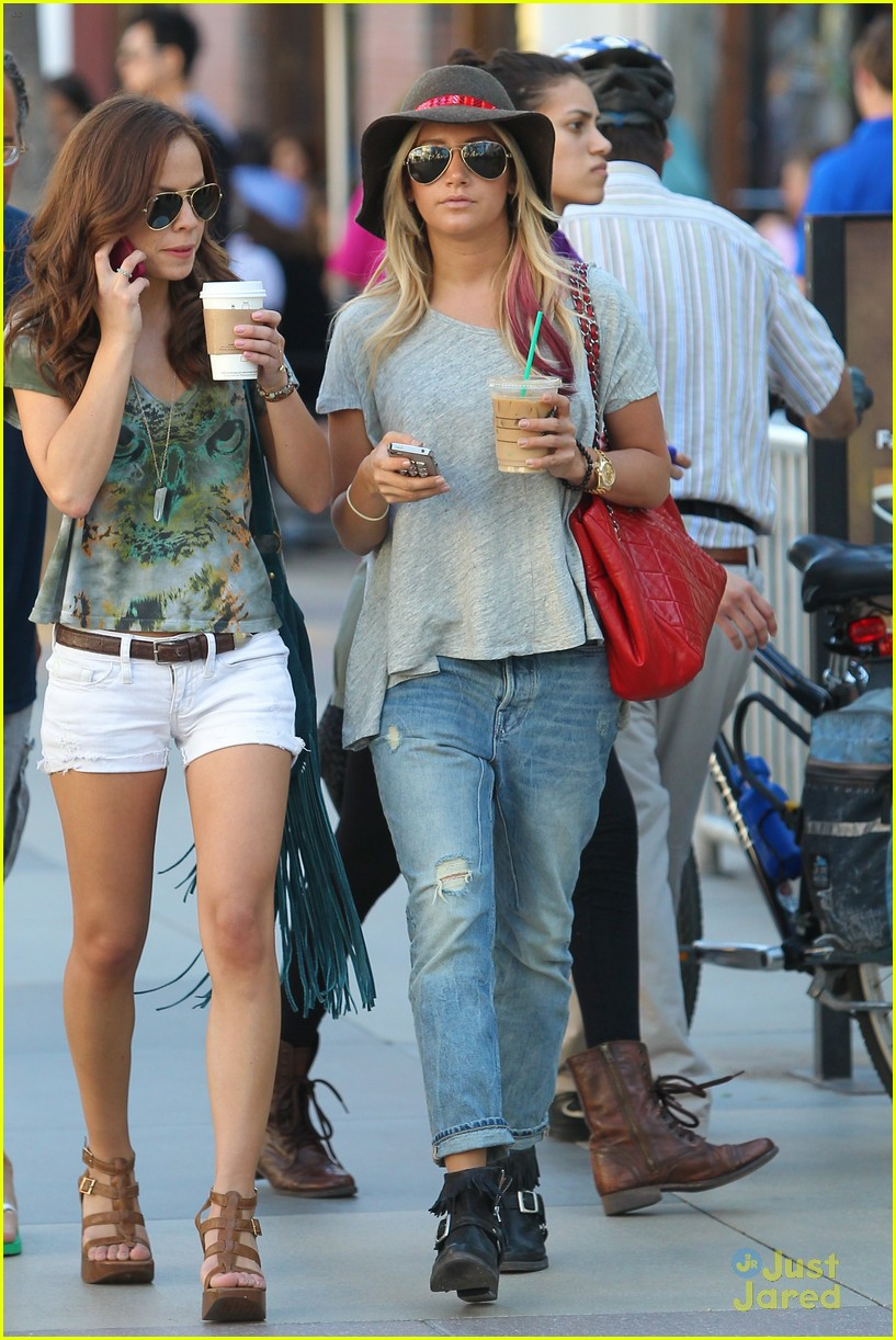 ashley tisdale sm shopping 12