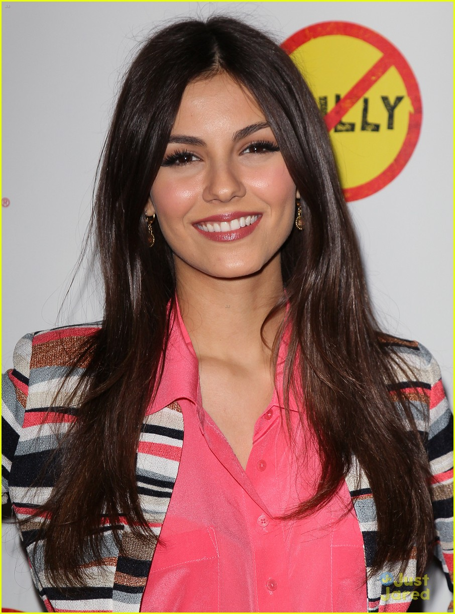 victoria liz avan matt bully premiere 22