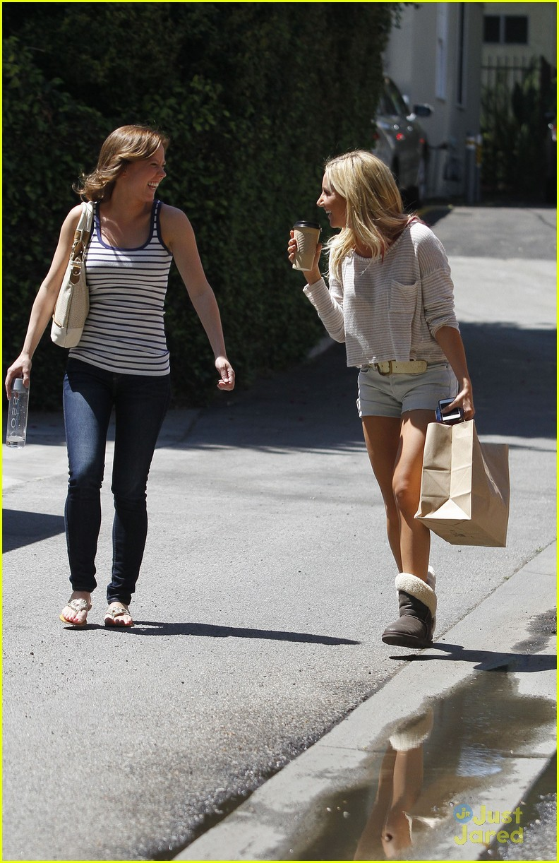 ashley tisdale patti murin giggles 10