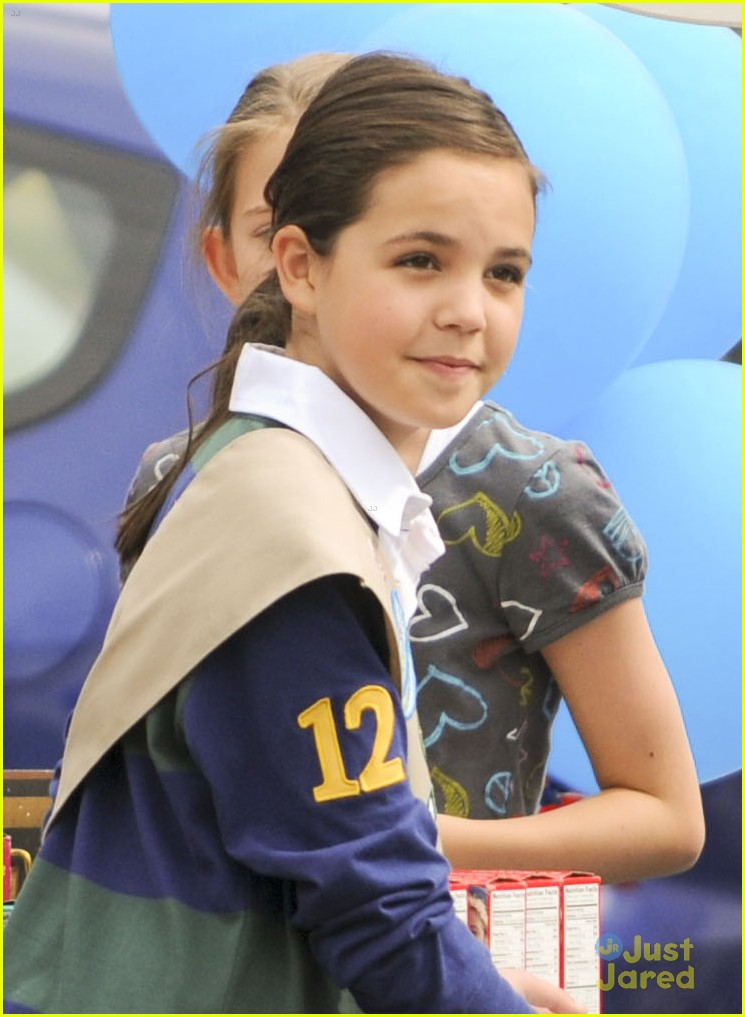 bailee madison cookie set 00