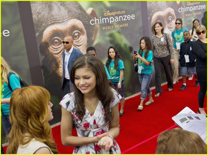 bella thorne zendaya kids nature wdw 05