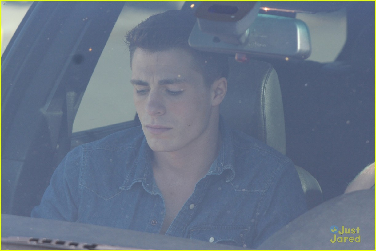 colton haynes beach day 08