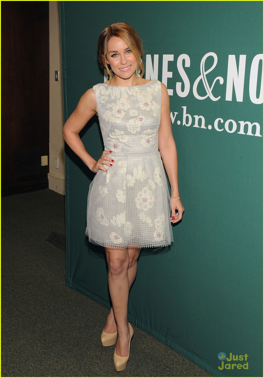 lauren conrad fame game signing 13