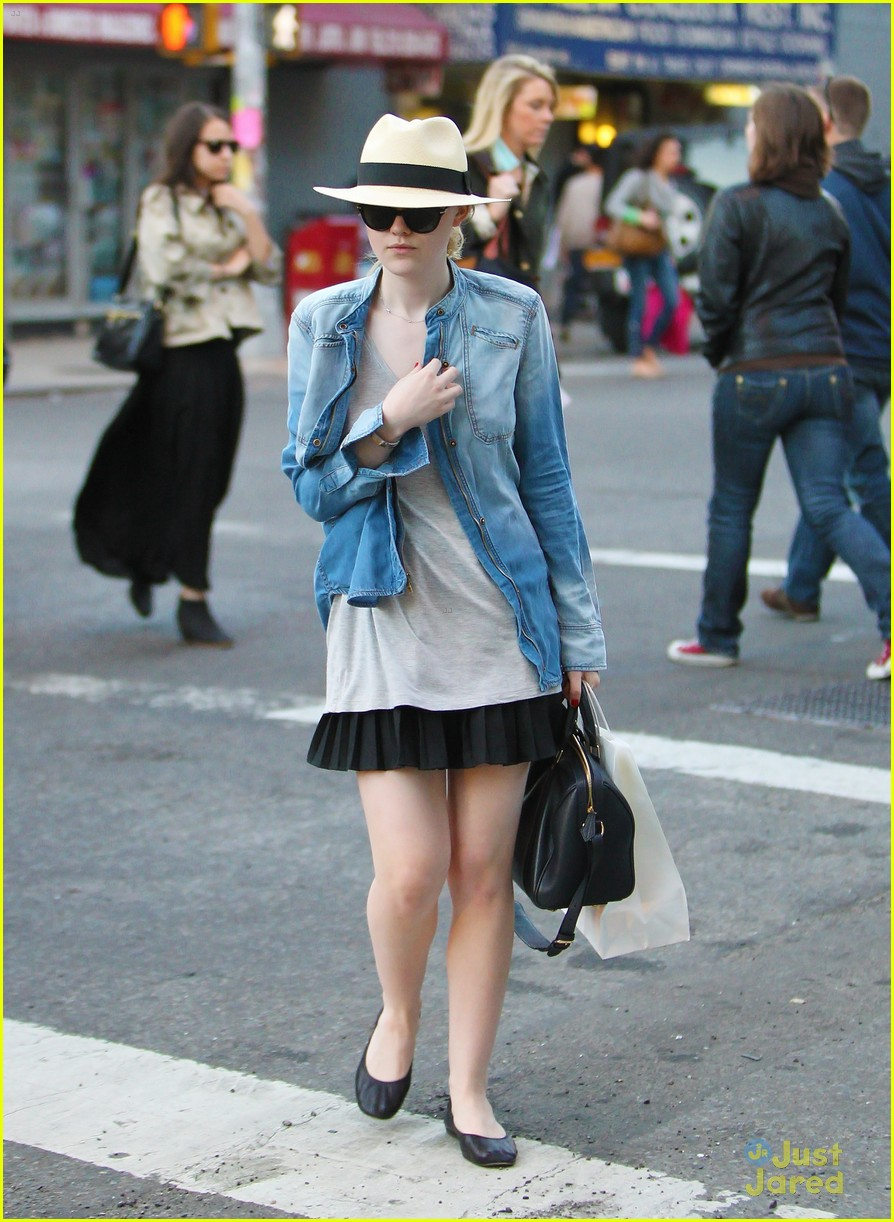 dakota fanning chic chambray 04