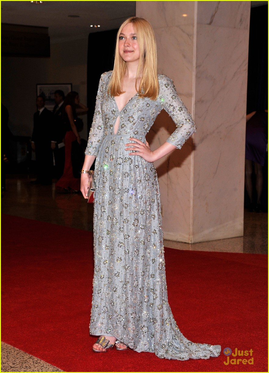 dakota fanning white house dinner 05