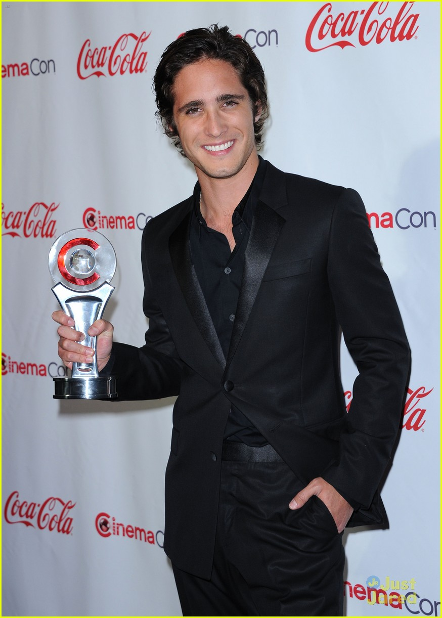 diego boneta cinemacon rising star 10