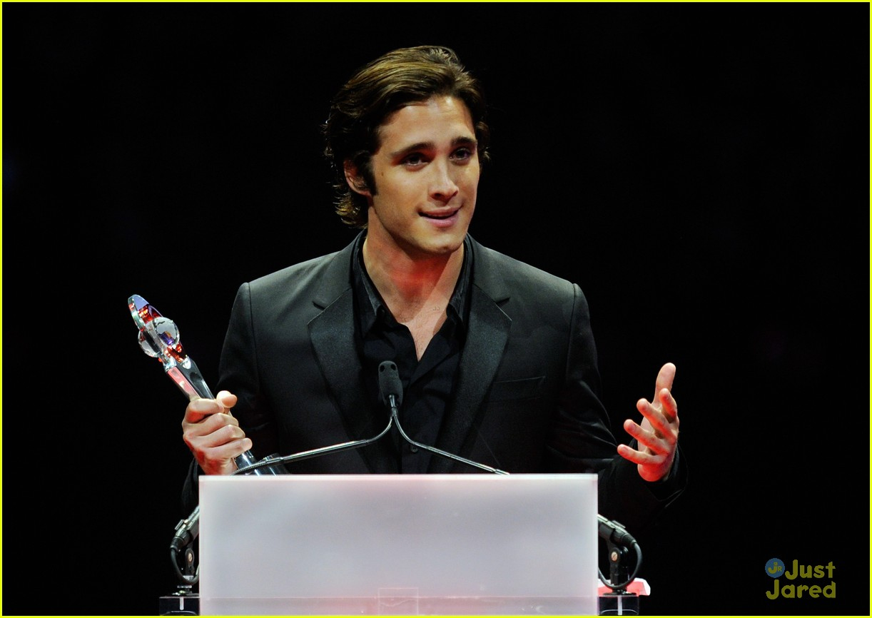 diego boneta cinemacon rising star 14