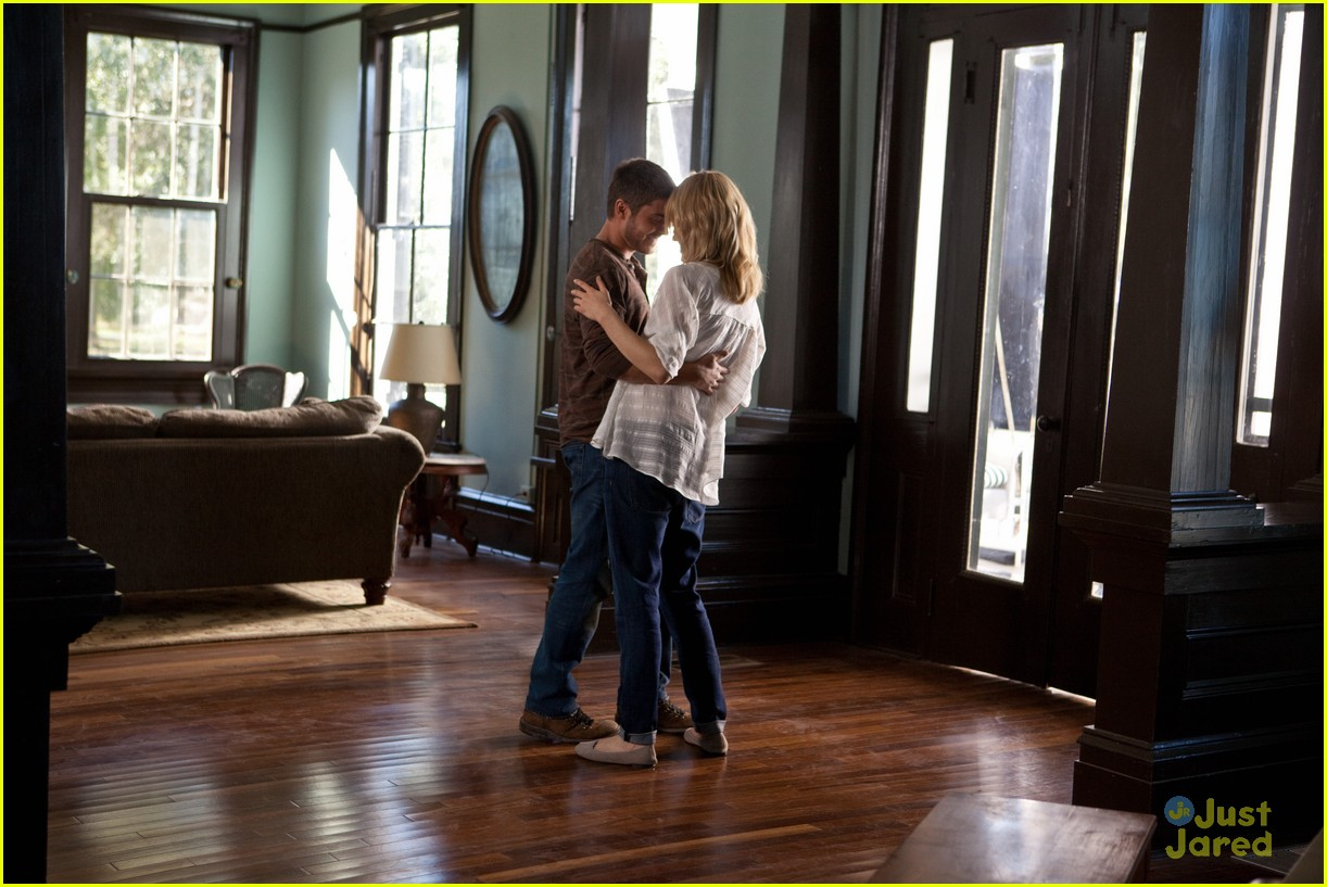 the lucky one stills 12