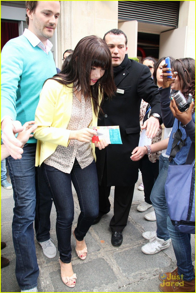 carly rae jepsen paris 02