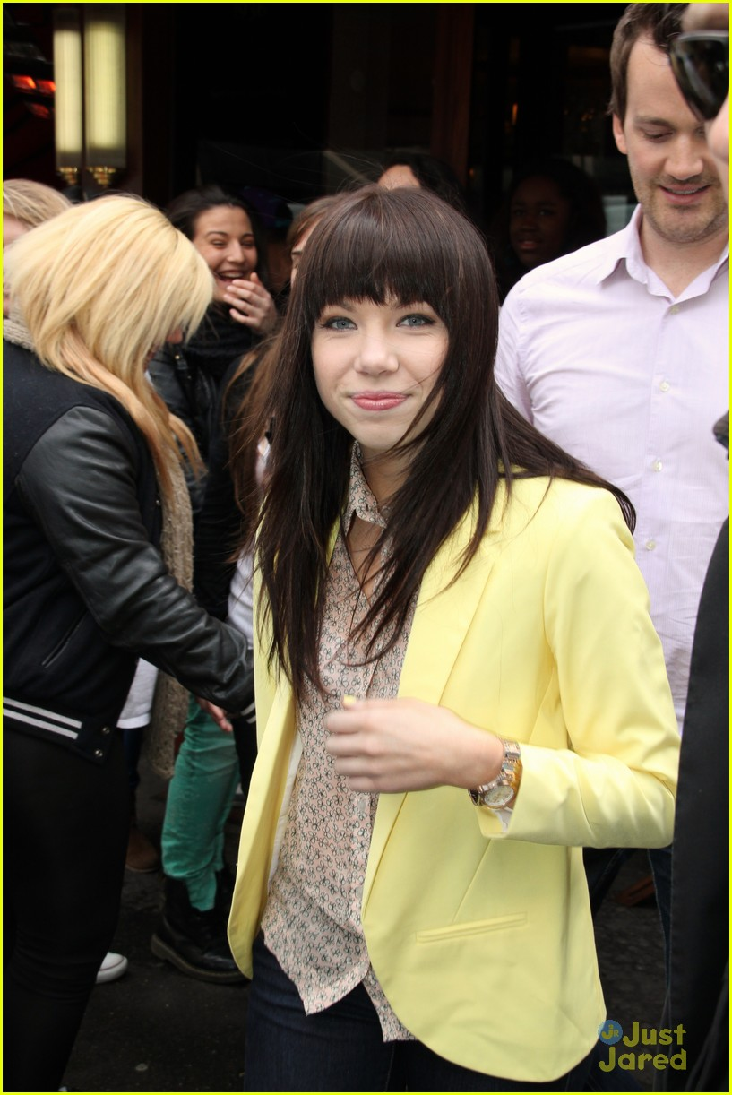carly rae jepsen paris 03