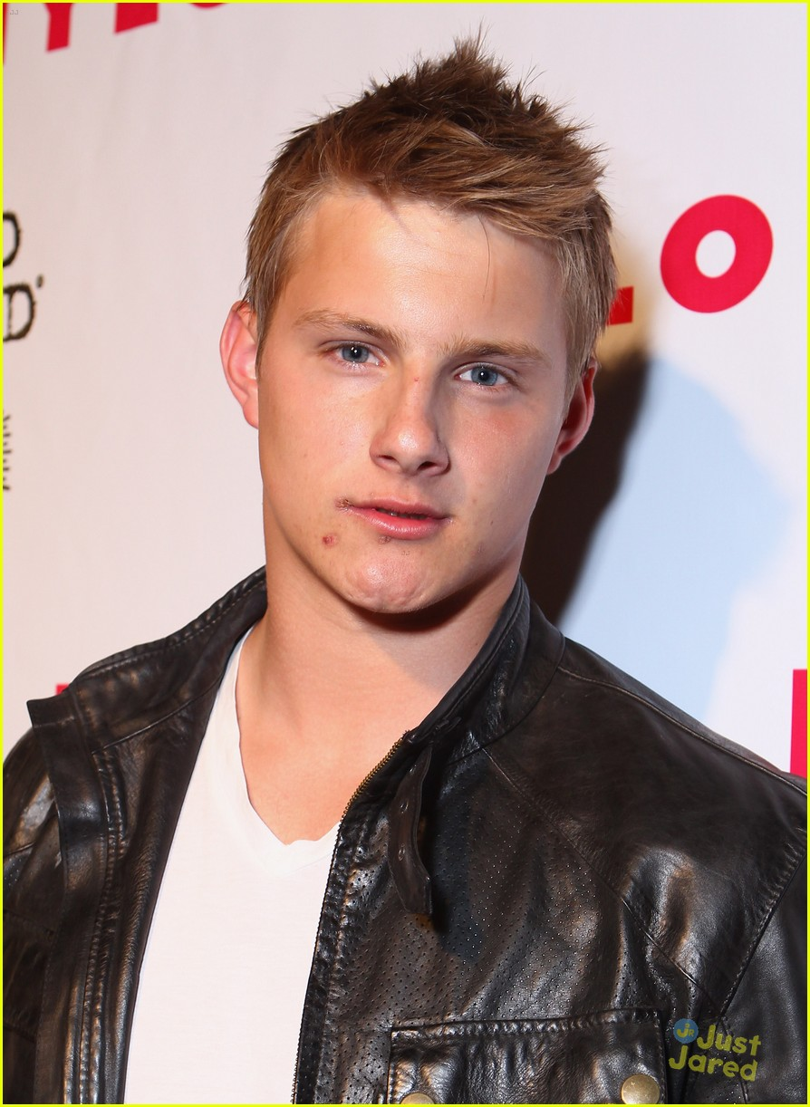 josh hutcherson alexander ludwig nylon 01