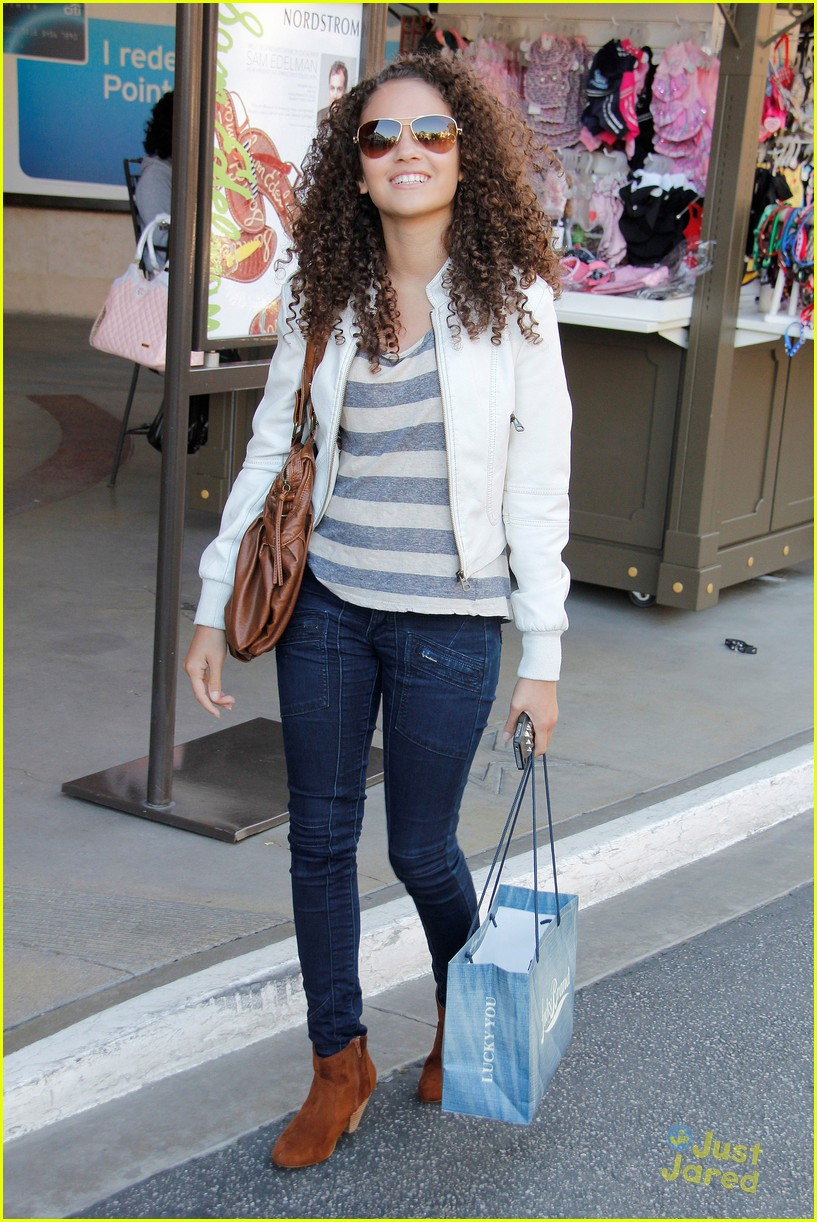madison pettis grove shopper 01