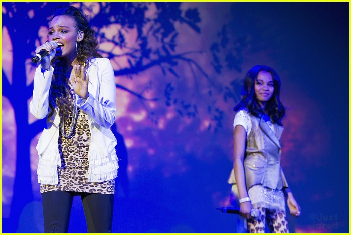 china mcclain sisters rise chimpanzee 02