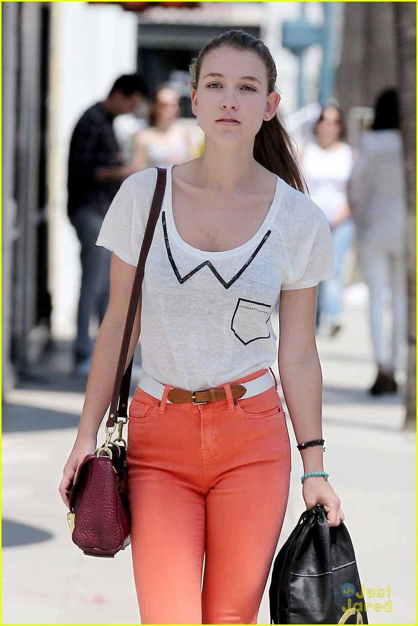 nathalia ramos orange pants 06