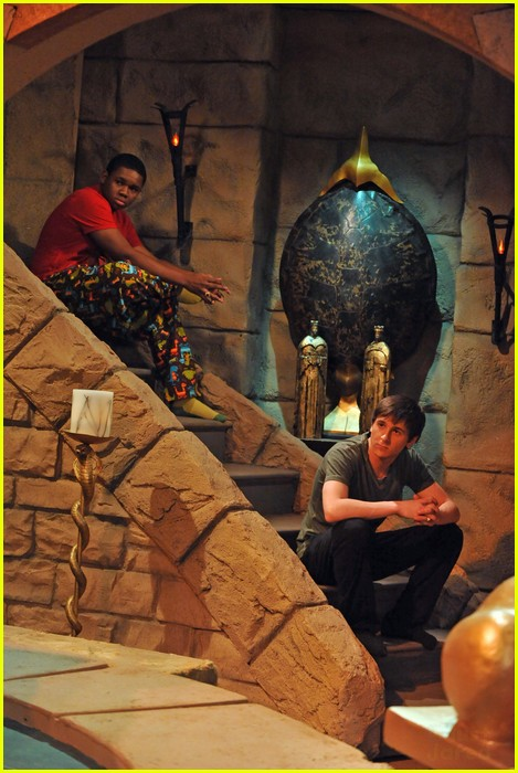 pair of kings evil 11