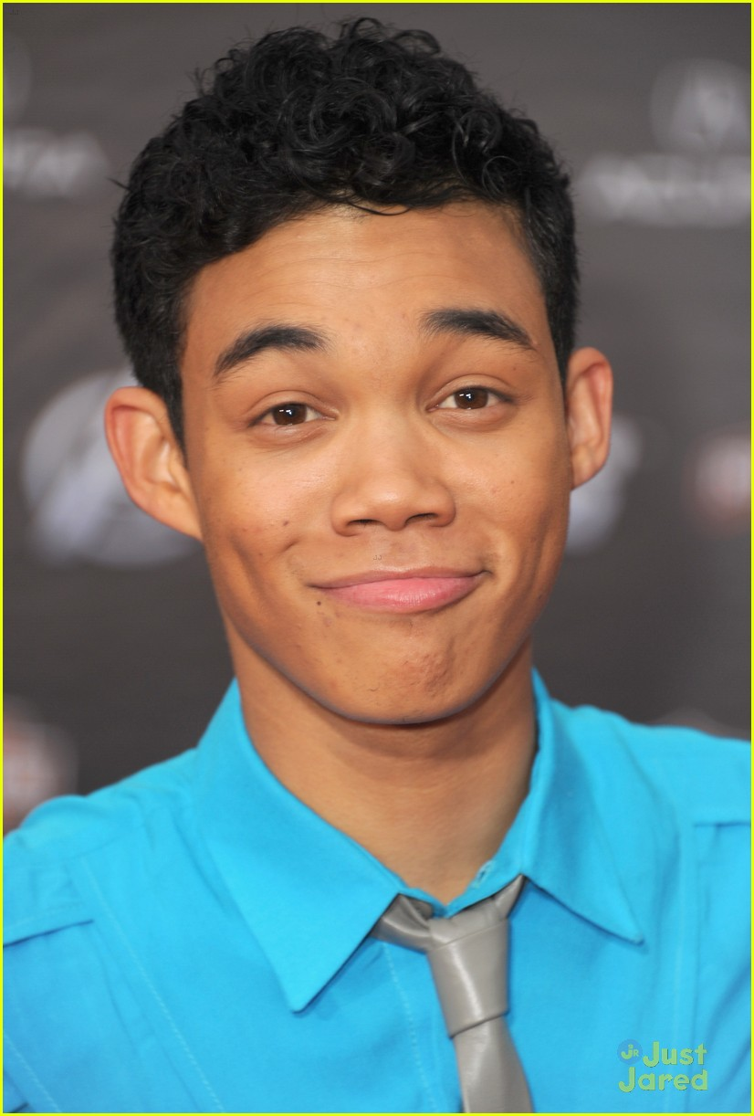 roshon fegan chelsie hightower avengers 01