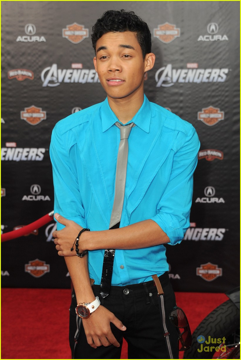 roshon fegan chelsie hightower avengers 05