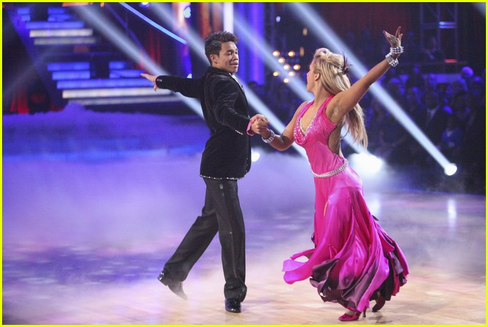 roshon fegan chelsie hightower viennese waltz 10