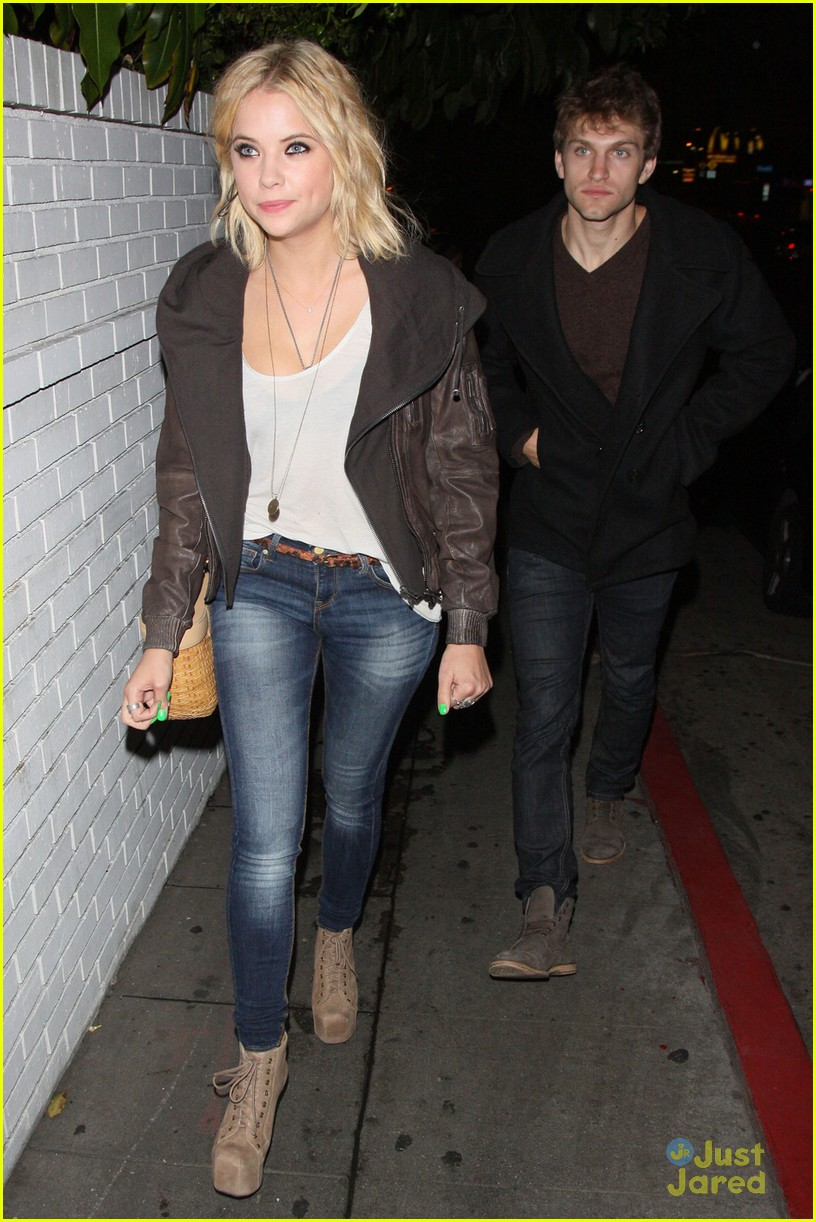 Keegan Allen And Ashley Benson Kissing Ashley Benson &...