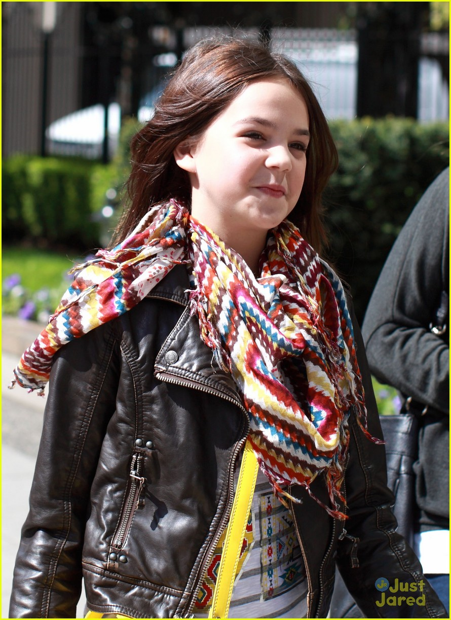 bailee madison high tea 02