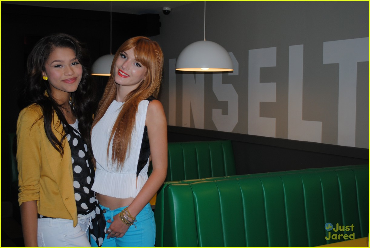 bella thorne zendaya blue peter 03