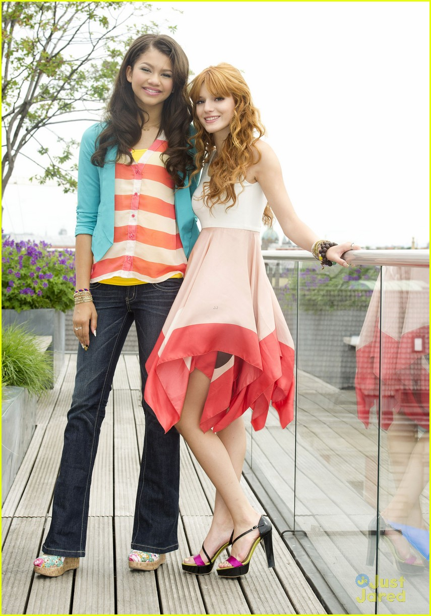 bella thorne zendaya rooftop shoot 01