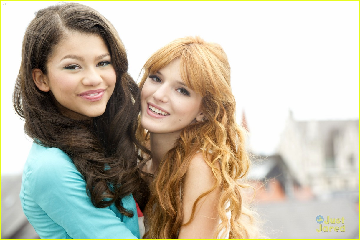 bella thorne zendaya rooftop shoot 03