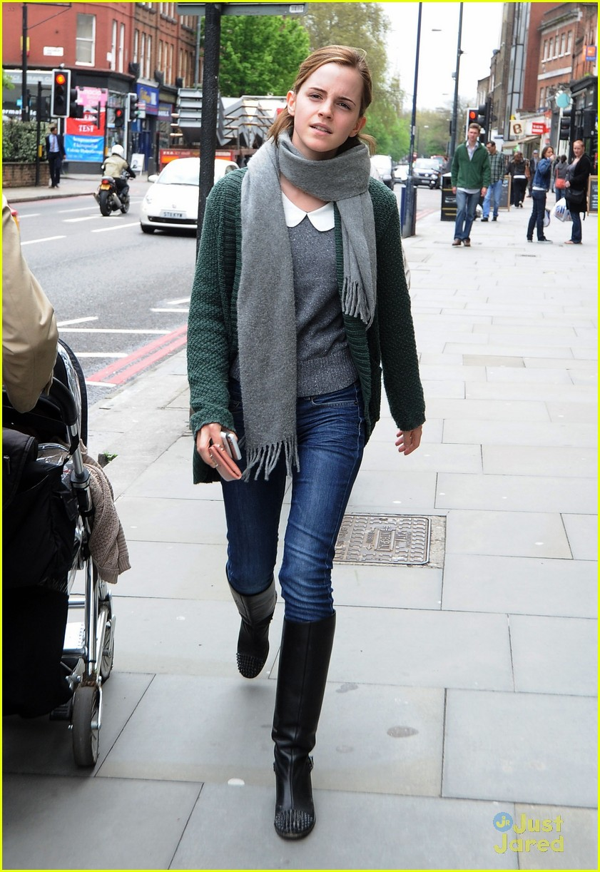 emma watson london shopping 03