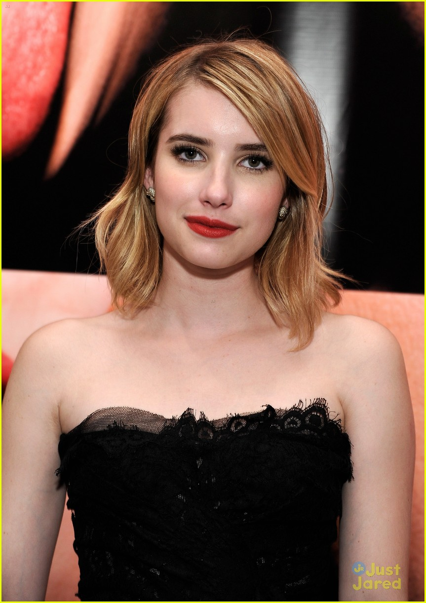 emma roberts mouthful exhibit 09