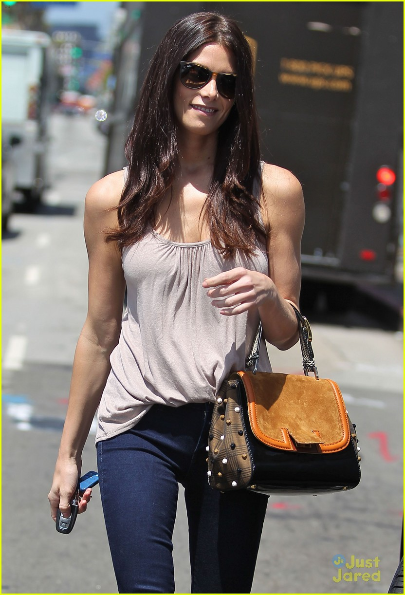 ashley greene wednesday workout 08