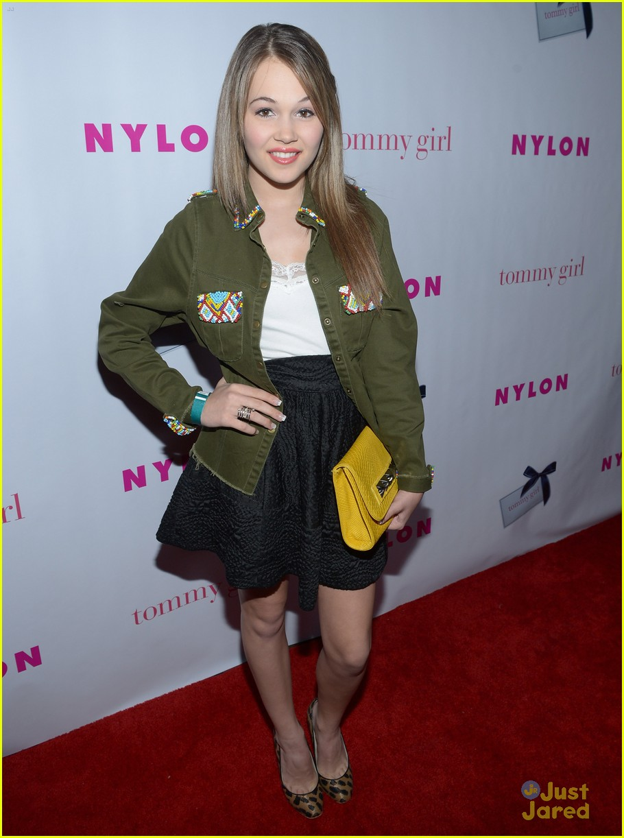 jennifer stone kelli berglund nylon 02