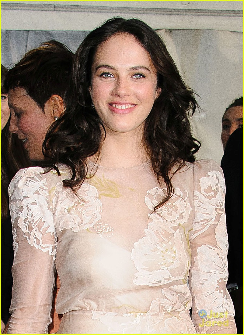 jessica brown findlay glamour awards 03