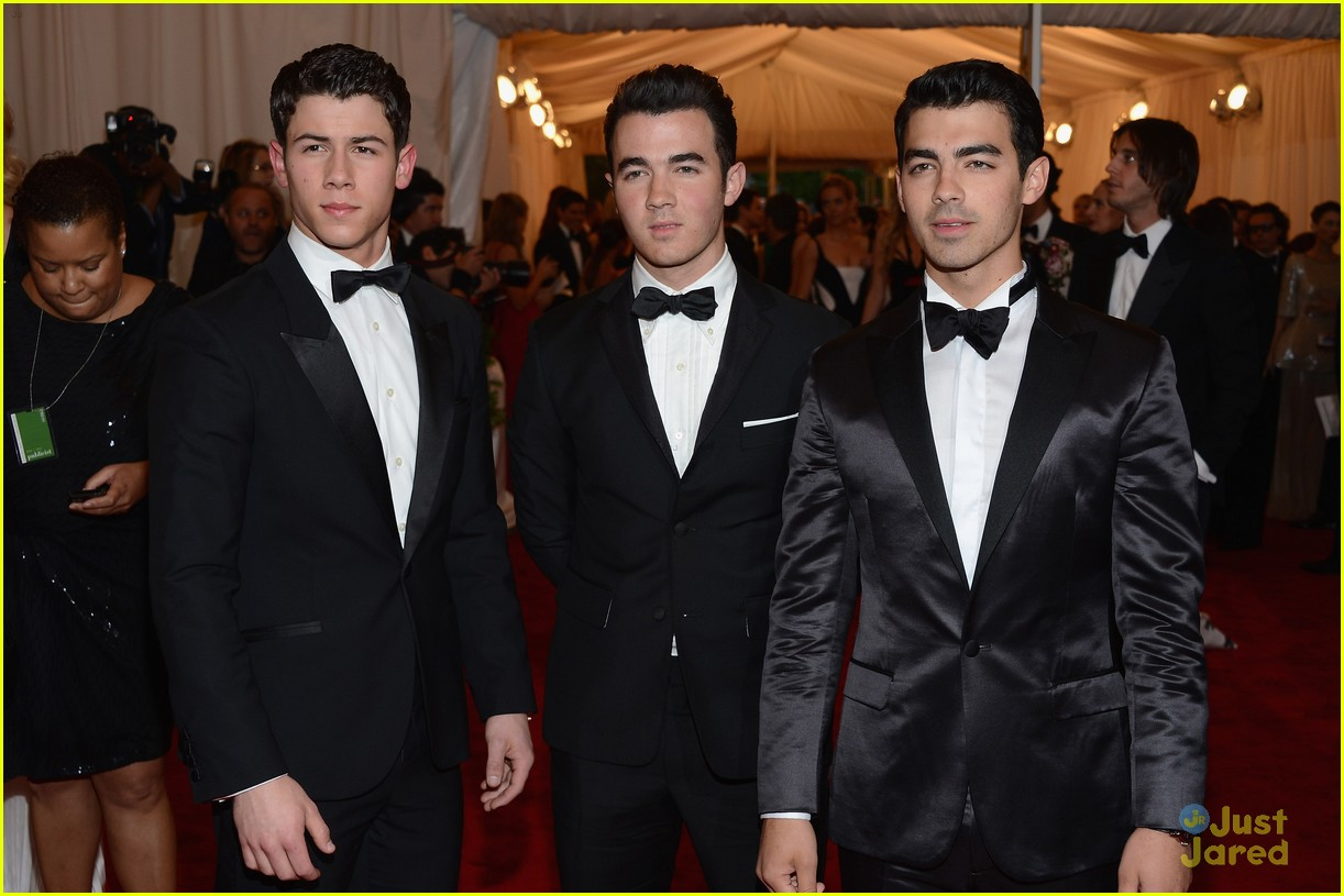 jonas brothers met ball 01