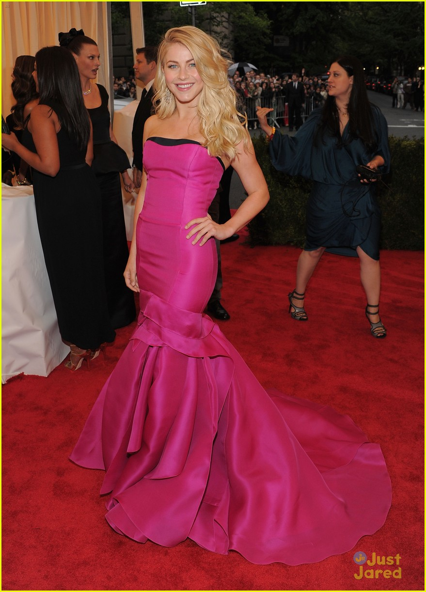 julianne hough met ball 05