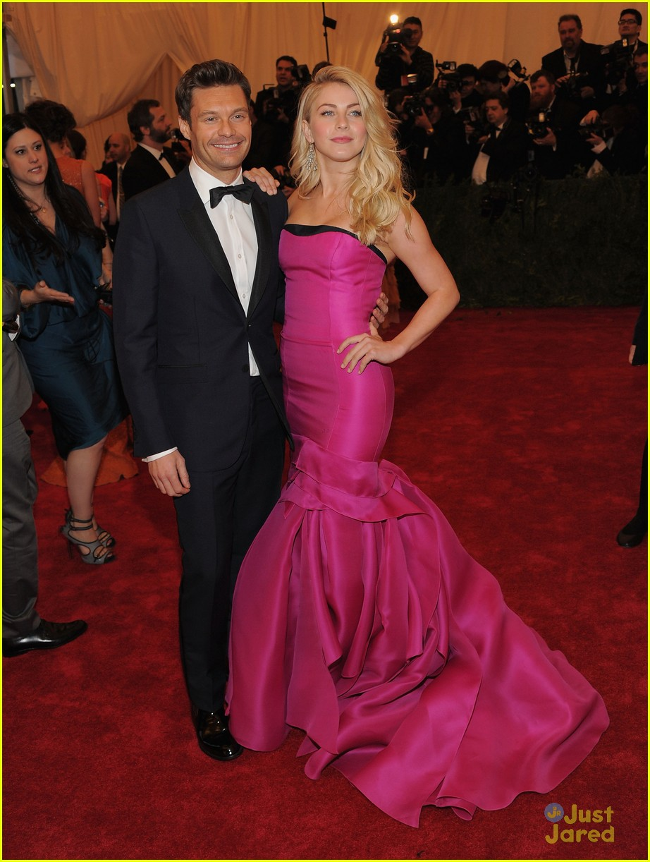 julianne hough met ball 10