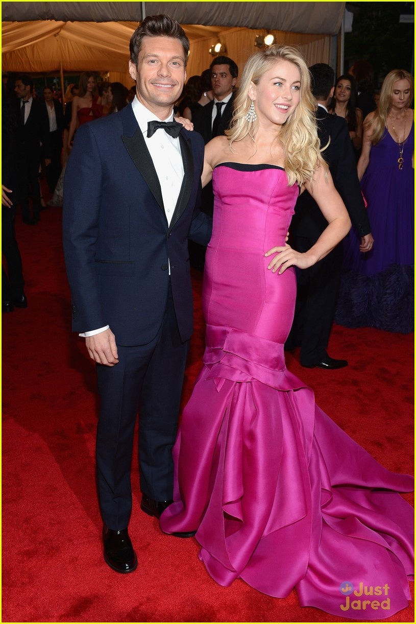 julianne hough met ball 13