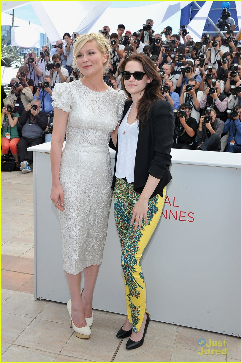 kristen stewart road cannes call 04
