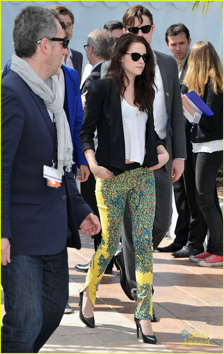 kristen stewart road cannes call 14