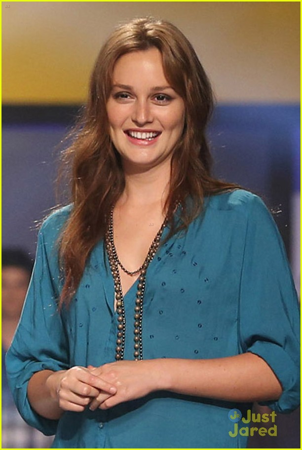 leighton meester phillipines fashion week 03