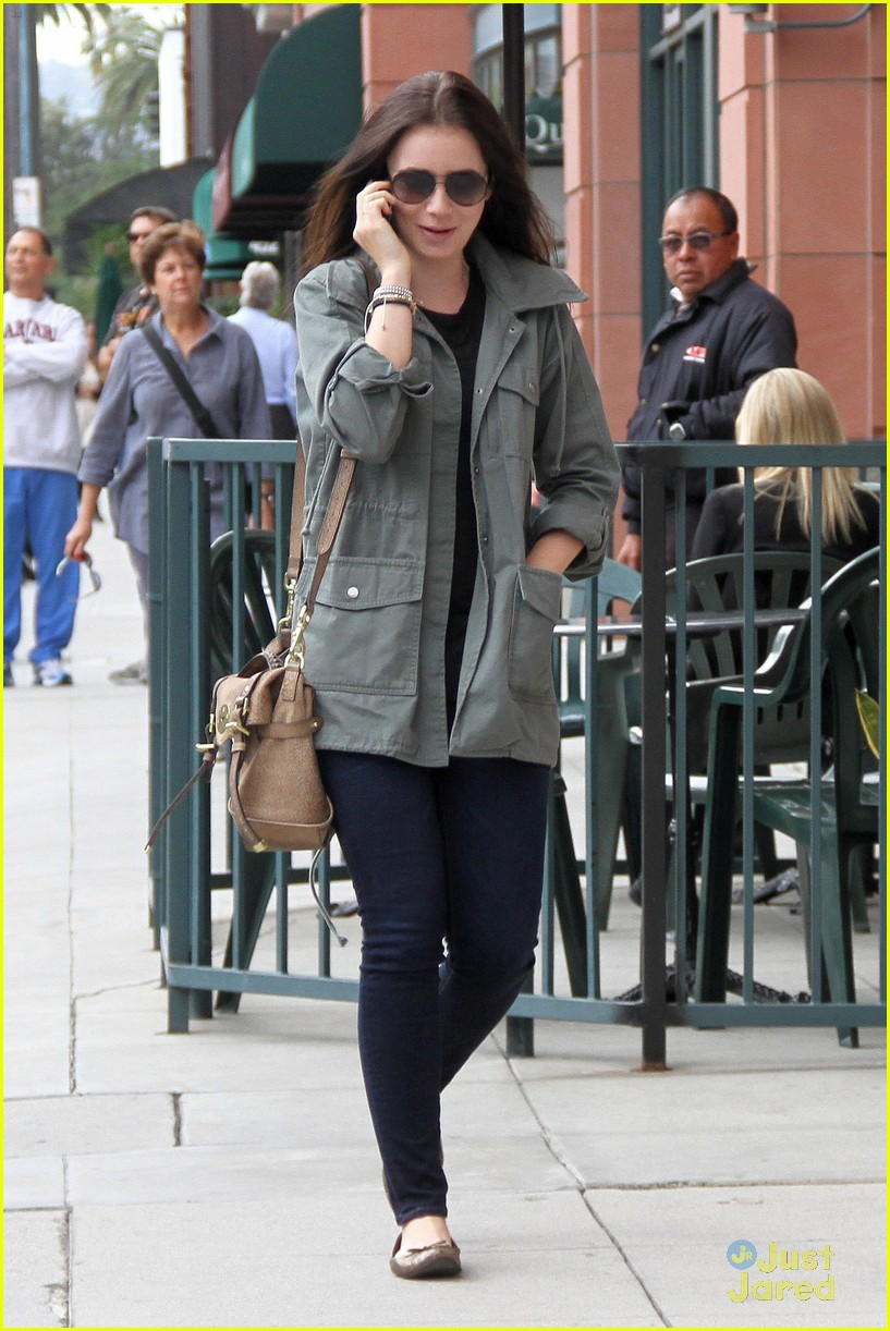 lily collins doc appt 05