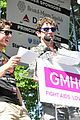 Nick-aidswalk nick jonas aids walk nyc 03