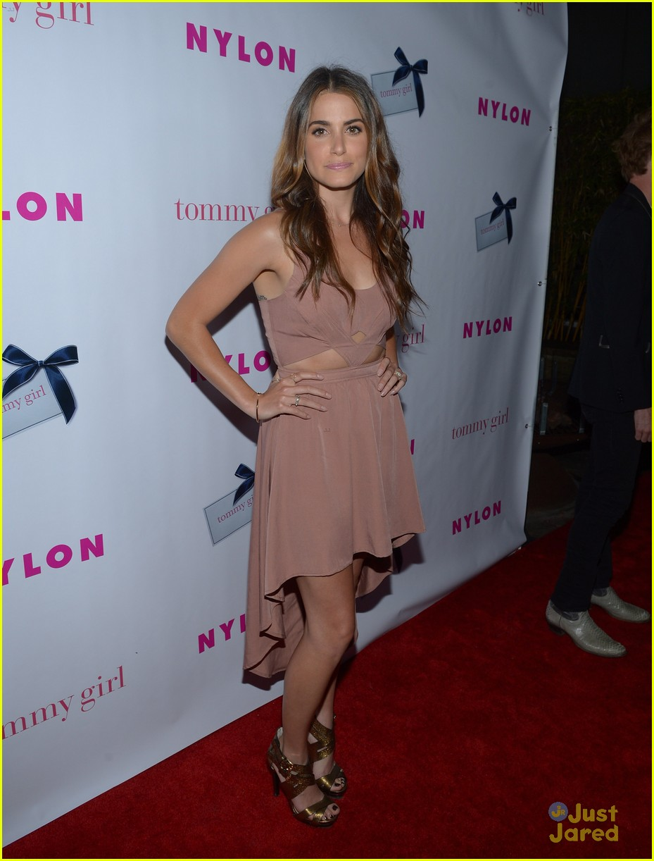 nikki reed alexa vega nylon party 16