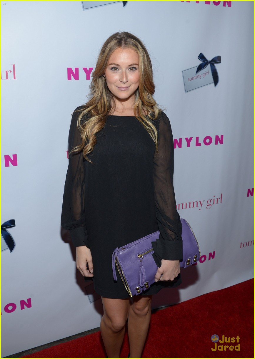 nikki reed alexa vega nylon party 17