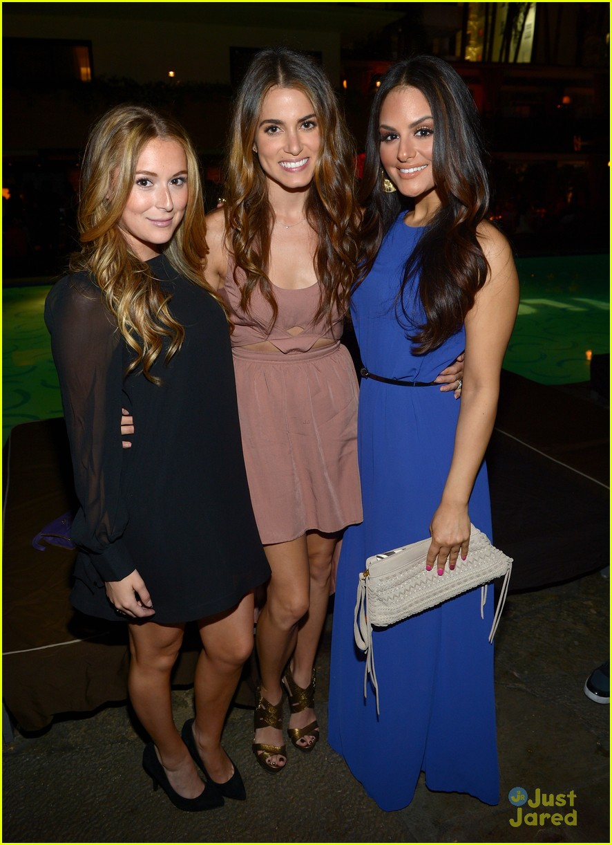 nikki reed alexa vega nylon party 19