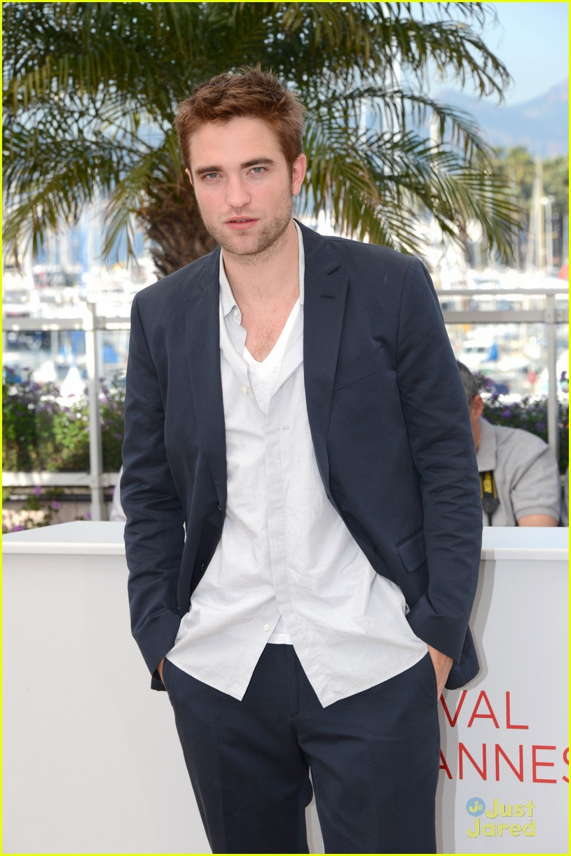 robert pattinson cosmo premiere 06