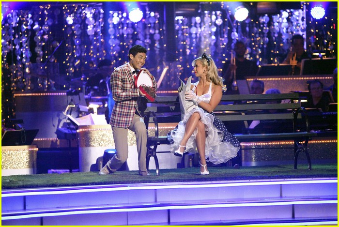 roshon fegan chelsie dwts gone 06