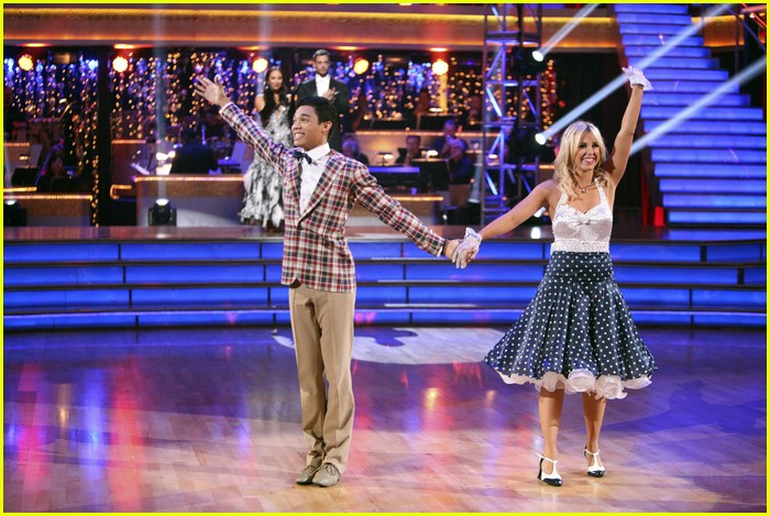 roshon fegan chelsie dwts gone 15