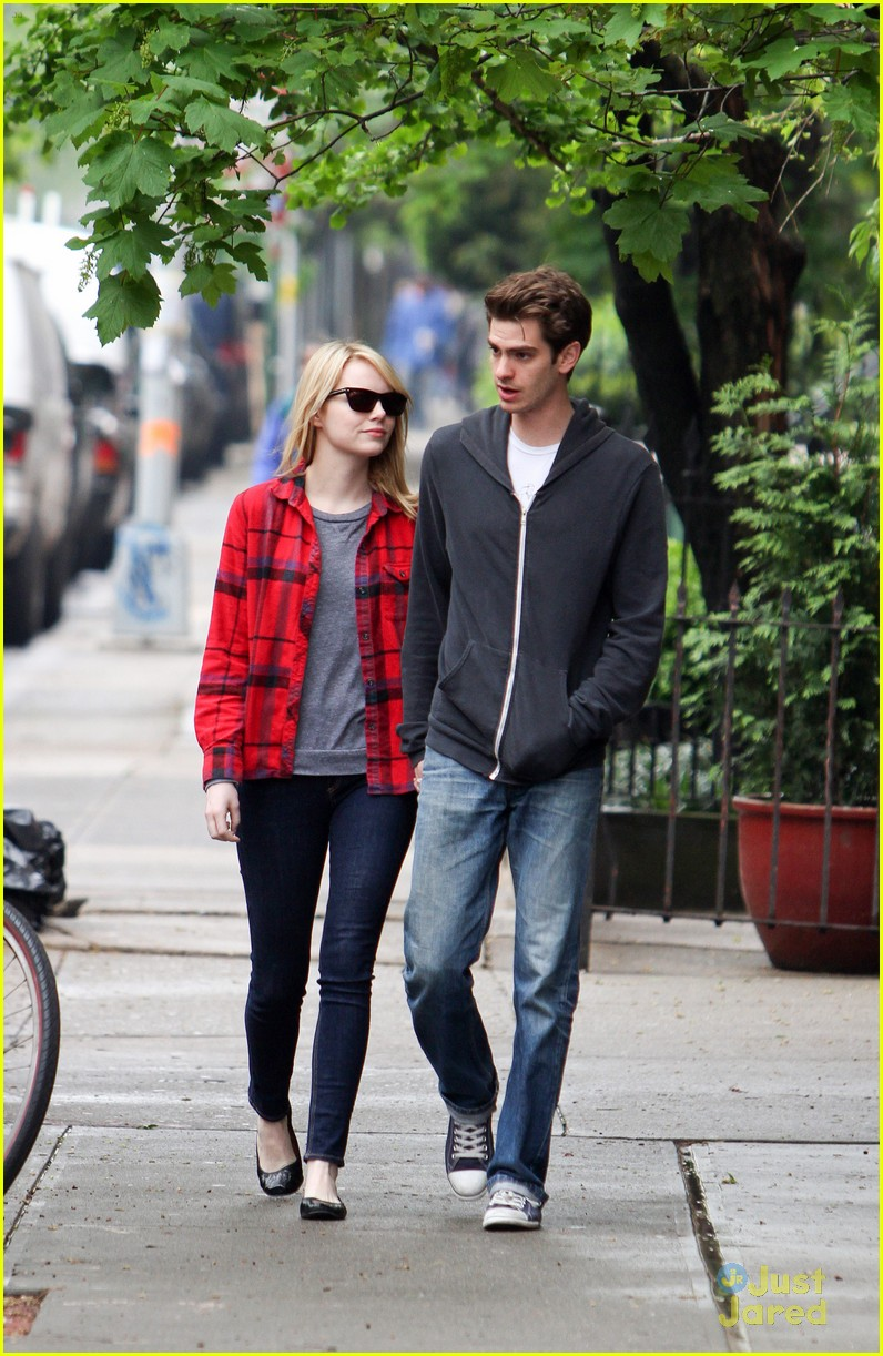 emma stone andrew garfield spiderman stills 09