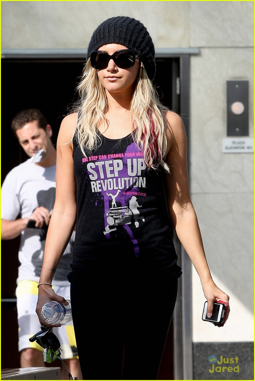 tisdale step up tee 03